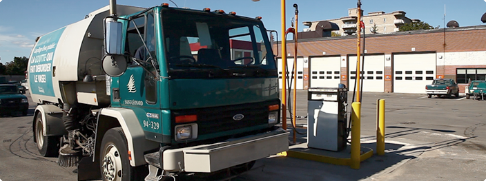 Image of a public works vehicle at the yard's fueling station that is equipped with Coencorp's SM2 Fuel management solutions.